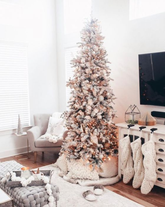 holiday apartment decor
